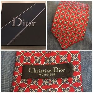 Christian Dior CLASSIC red silk tie made in USA